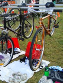 The bikes and shoes are ready for easy transition.