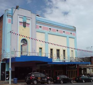 Former Victoria Theatre Devonport Auckland wiki PD cropped