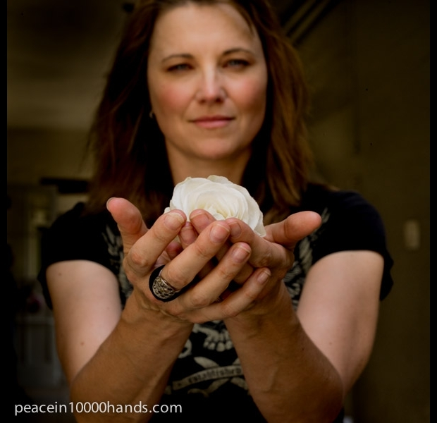 Lucy Lawless Actor Lucy Lawless Actor Los Angeles born NZ Peace in Hands