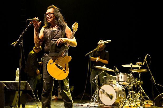 Rodriguez - photo by Doug Seymour