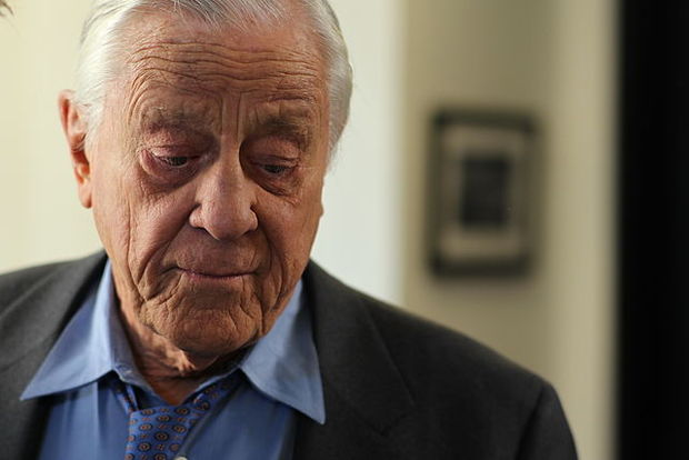 Ben Bradlee published the Pentagon Papers and the Wodward Bernstein articles that ultimately forced Nixon s resignation