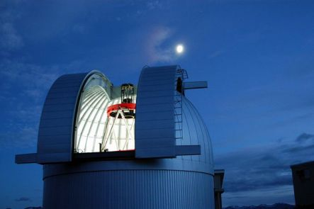 The MOA telescope at the Mt John Observatory