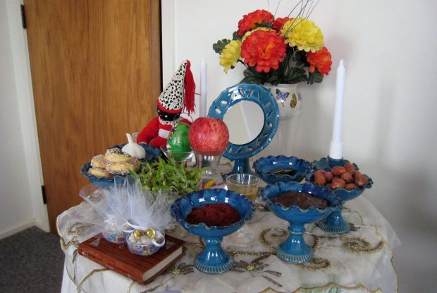 Parri and Khosrow's Haft Sin table