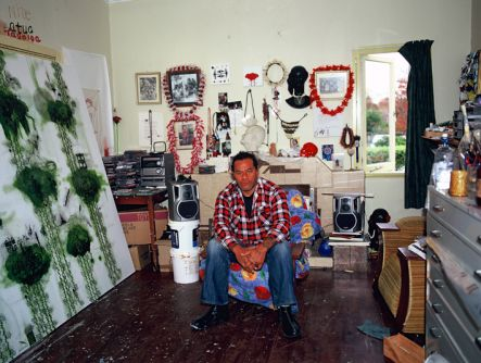 John Pule in his studio - photo Gil Hanly small.jpg