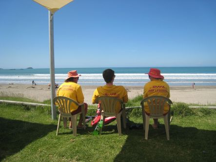 Lifesaving Midway beach Gisborne small