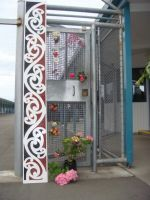 Gate at Hawke's Bay prison Maori Focus Unit decorated to commemorate the tenth anniversary since the unit was set up.