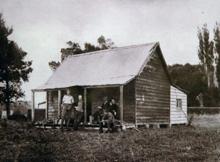Pumpkin Cottage Nugent Welch Carl Laugesen and prob James Shelley at Pumpkin Cottage Photographer unknown Collection St Patricks College Silverstream small