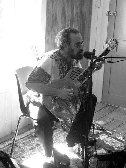 bob brozman live to air during music